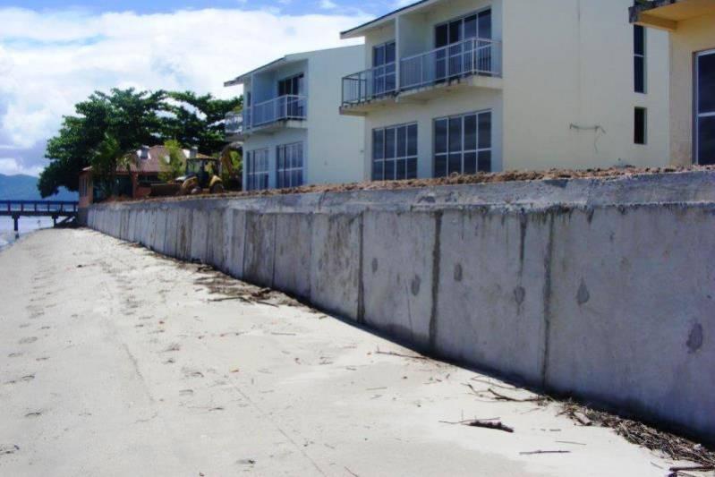 Construção de muros de contenção - abm