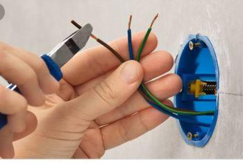 Giba serviços elétricos . Guia de empresas e serviços