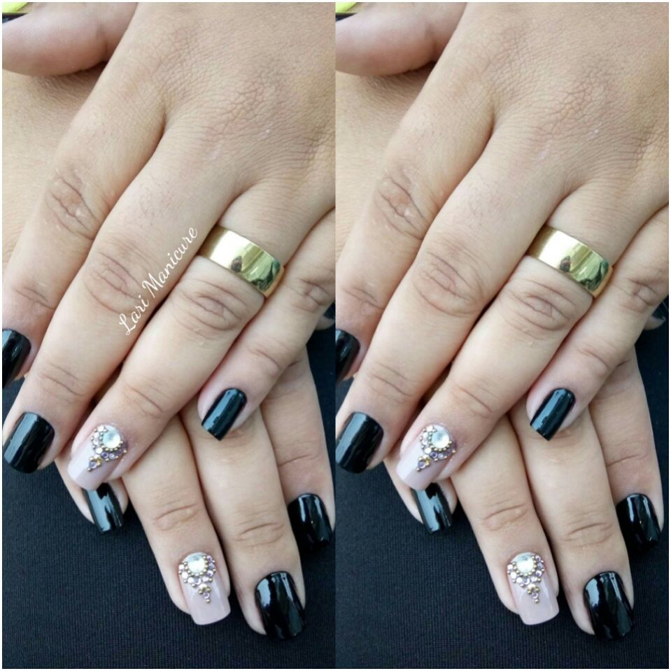 Lari manicure
