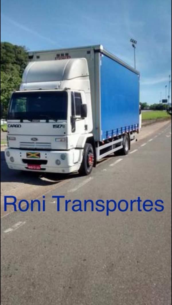 Roni transportes e mudanças.